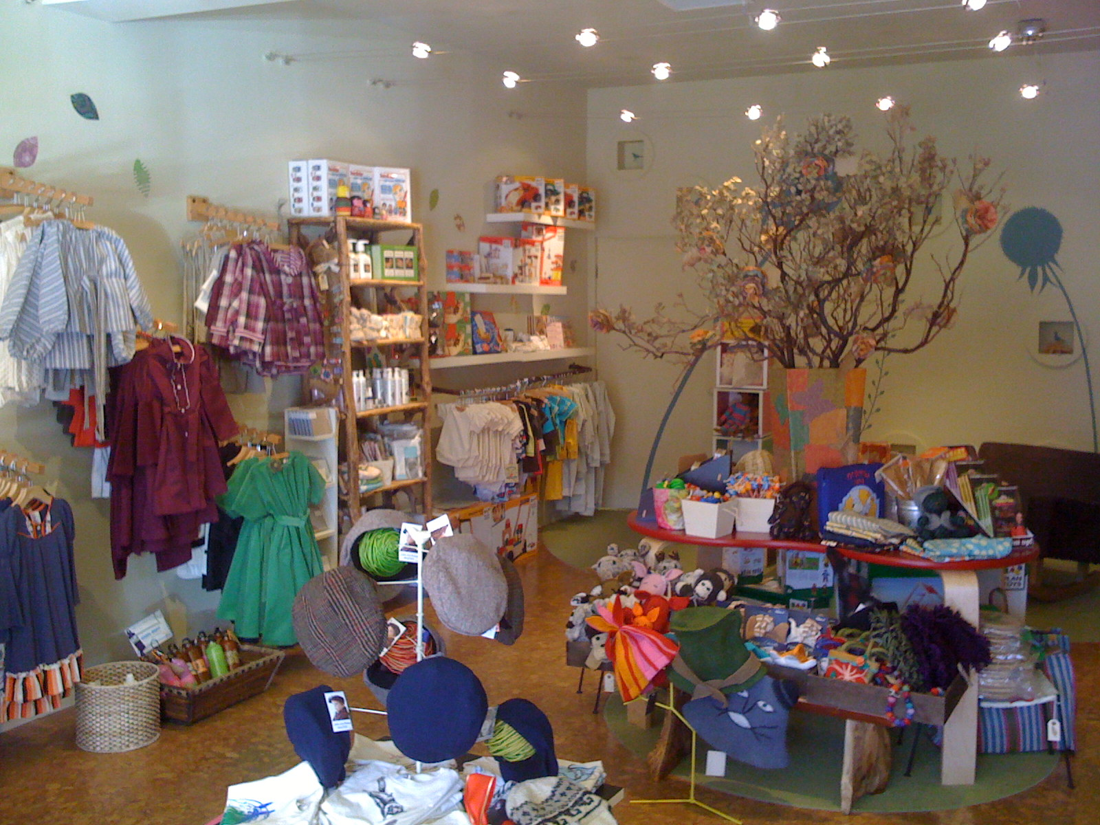 50 off at sparrow eco friendly children s boutique la